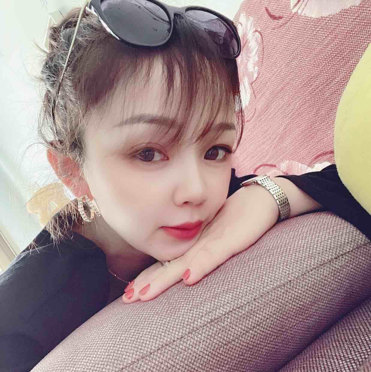 逸家-李盈盈